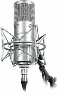 difference between dynamic microphone and condenser microphones dynamic microphone vs. Black Bedroom Furniture Sets. Home Design Ideas