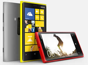 Difference between Nokia Lumia 920 and BlackBerry Z10 ...