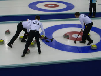 Kết quả hình ảnh cho Curling và Ice Hockey
