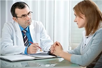 Difference between Therapist and Psychiatrist | Therapist vs ...